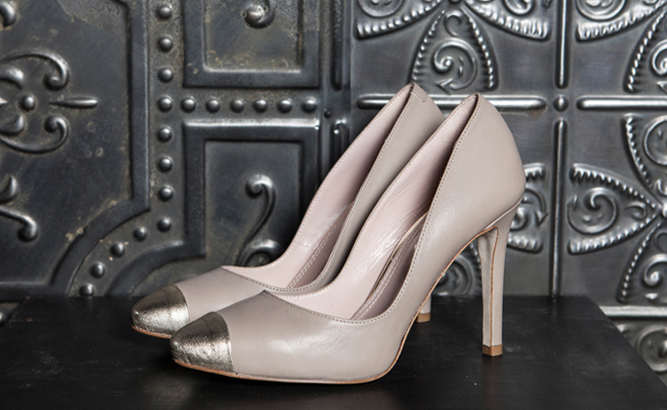 Decollete high heel shoe